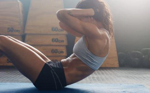 日本瘦腰锻炼法 瘦腰的动作有哪些 简单又能瘦腰的动作