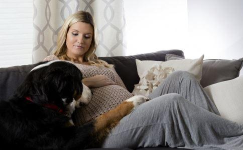 孕期出现异常状况怎么办 孕期出现异常状况该怎么处理 孕期有可能出现哪些异常状况