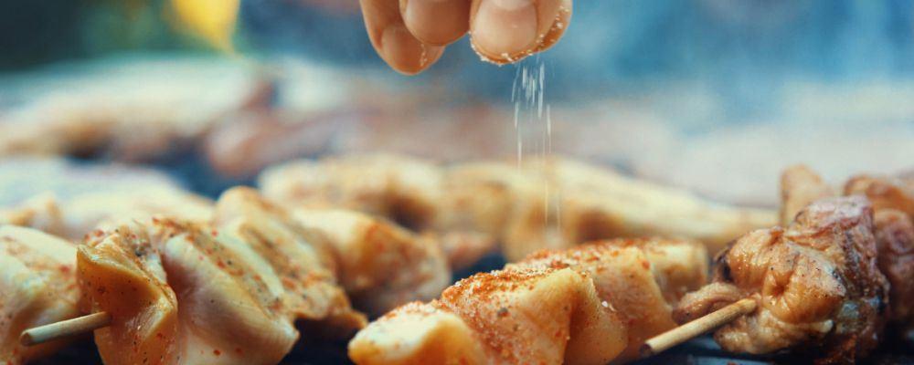夏季常吃哪些食物很伤胃 夏季养胃吃什么食物好 夏季吃胡萝卜有什么好处